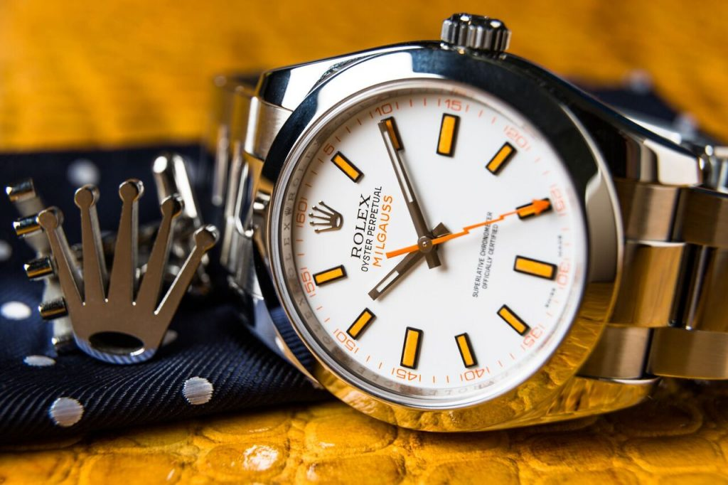 Whether for the classical design features or the reliable functions, this replica Rolex watch shows a kind of delicate timepiece.
