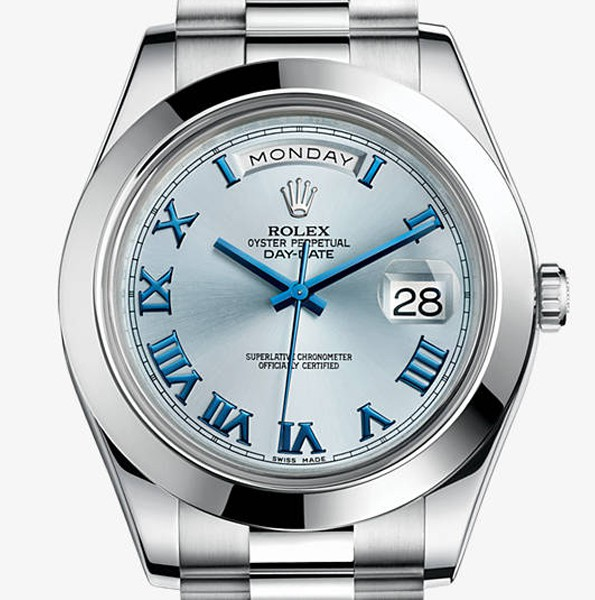 For the refreshing ice blue dial, this fake Rolex leaves people a deep impression.