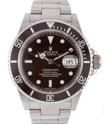 This old Submariner is not rare so its value will not be increased.