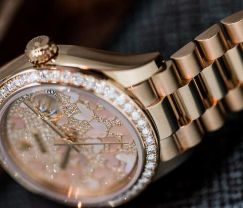 Adorned with the shiny diamonds, the Rolex is more luxurious.