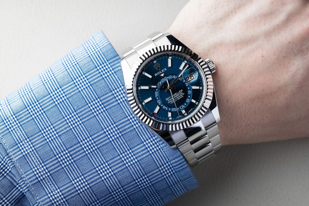 The Rolex Sky-Dweller replica watch is with high cost performance.